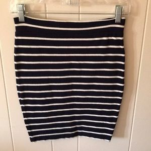 Navy/White Pencil Skirt